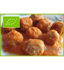 Plato de albóndigas de ternera con tomate 100% ecológico